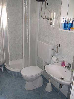 Bathroom on Sucuraj  Island Of Hvar Croatia   Shower Bathroom   Apartment A2 2