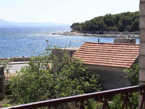 Isola di hvar appartamenti mladen hvar croazia for Appartamenti isola hvar