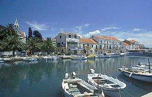 Vacanze hvar croazia for Appartamenti isola hvar